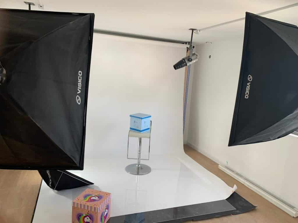 צילום מוצרים בסטודיו של שטיינר מדיה פרסום בדיגיטל